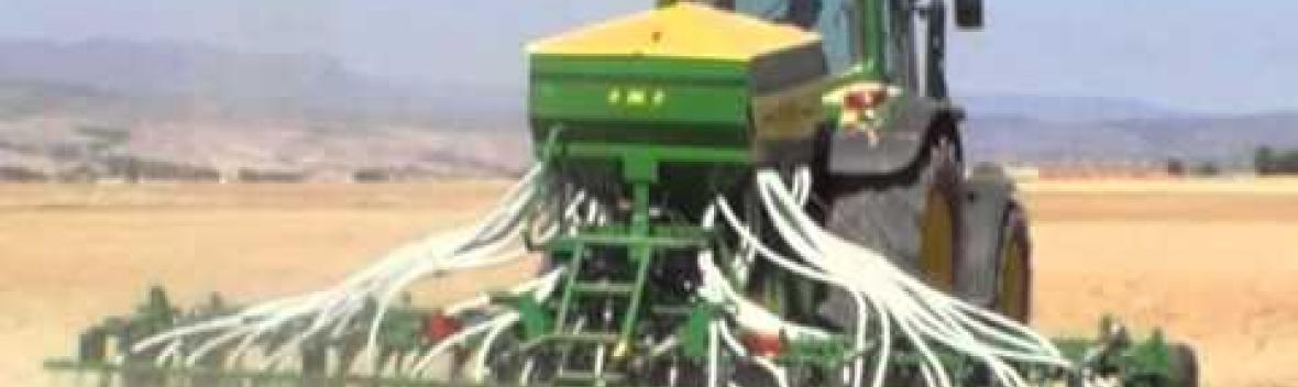 Sembradora GIL AIRSEM-6040 con presiembra